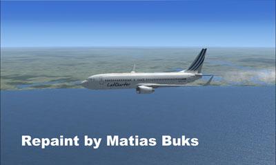 LatCharter Boeing 737-800