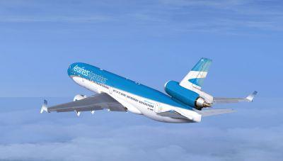 Aerolineas Argentinas McDonnell Douglas MD-11 in flight.