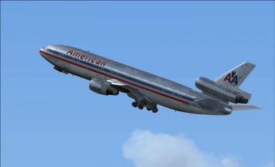 American Airlines Douglas DC-10-10 in flight.