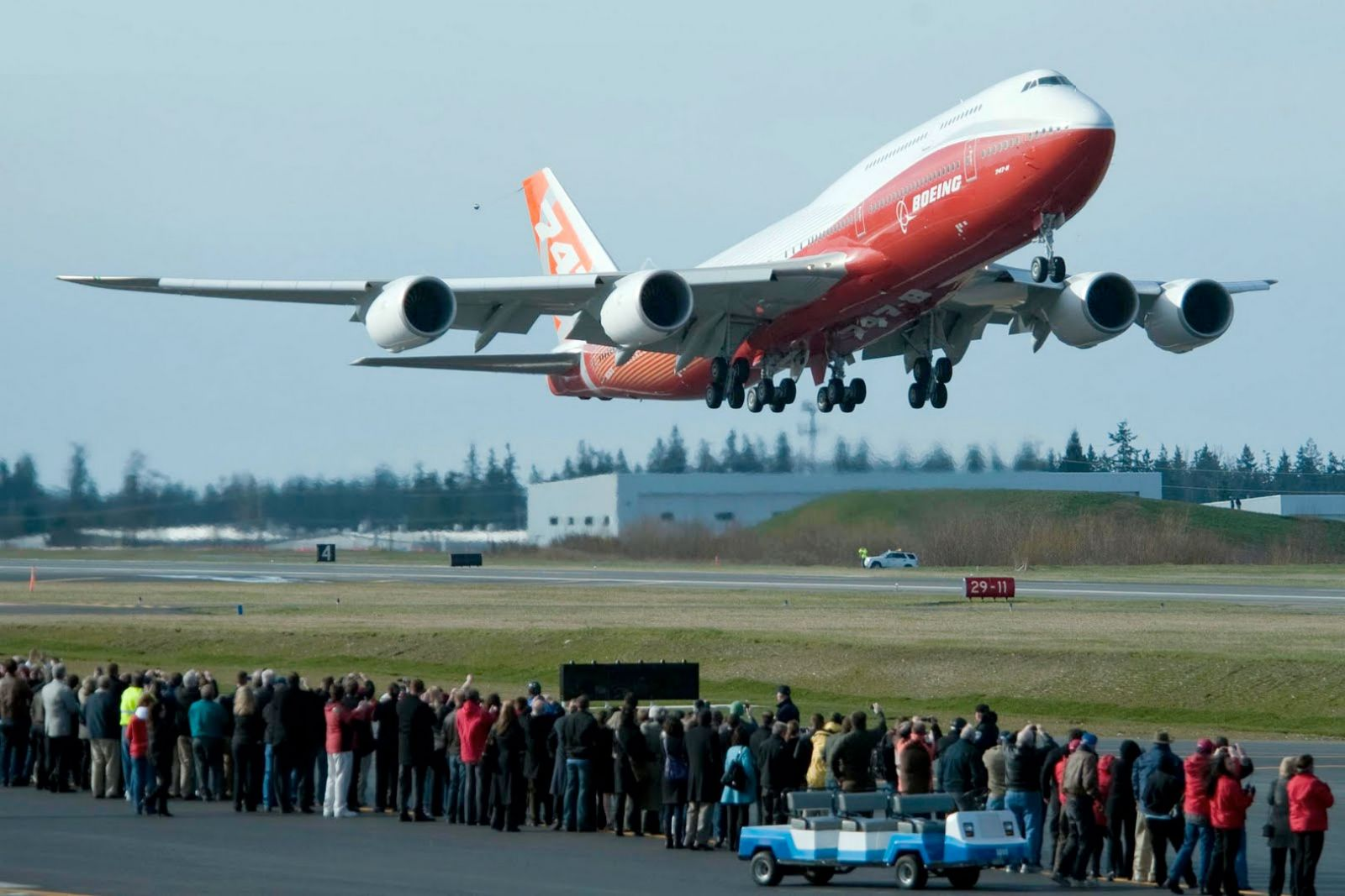 Image shows the Boeing 747-8 Intercontinental on it's first test ...