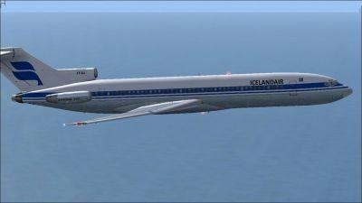 Icelandair Boeing 727-200 in flight.