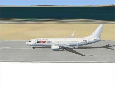 Jetstar Pacific Boeing 737-800 on runway.