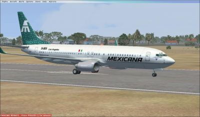 Mexicana de Aviacion Boeing 737-800 on runway.