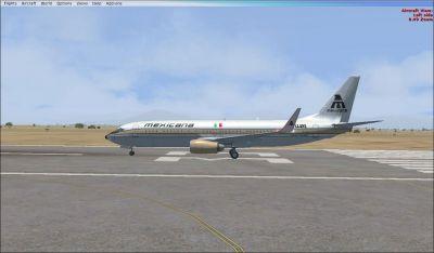 Mexicana de Aviacion Boeing 737-800 ''Golden Aztec'' on runway.