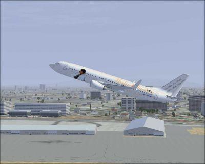 Michael Jackson Boeing 737-800 taking off.