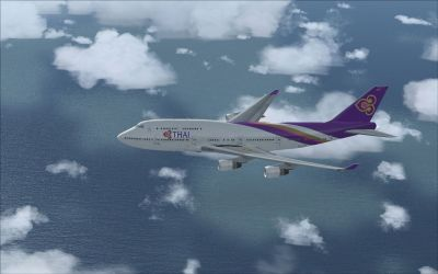Thai Airways Boeing 747-400 in flight.