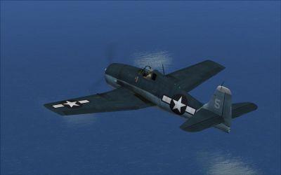 Screenshot of Grumman F6F3 VF32 Hollis Hills, flying over water.
