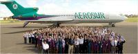 Aerosur's aircraft and staff.