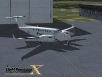 Screenshot of Beechcraft King Air 350 on the ground.