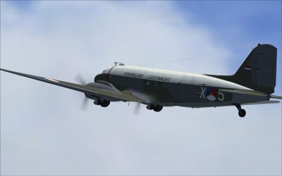Screenshot of Dutch Military Aviation Museum C-47 X-5 in flight.