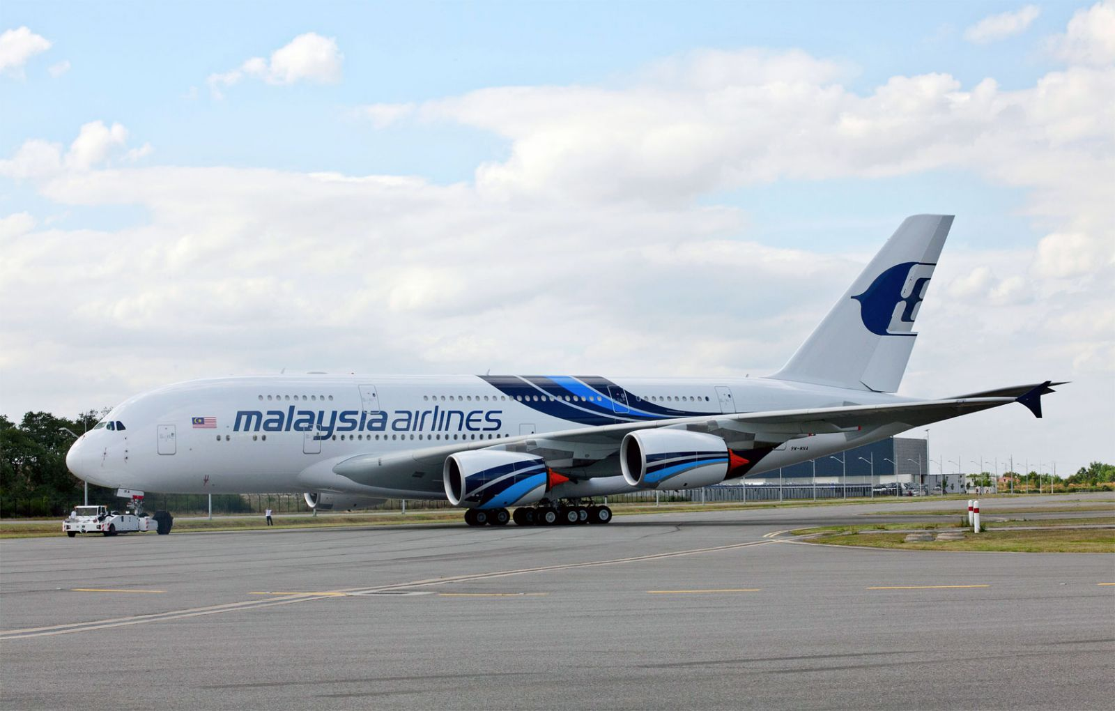 d5f5f39a374c Malaysia Airlines Airbus A380 on ramp.