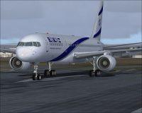 Screenshot of El Al Boeing 757-200 on runway.