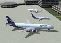 Screenshot of Aeroflot Boeing 737-400 on the ground.