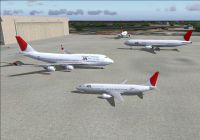 Screenshot of JAL Boeing's on the ground.
