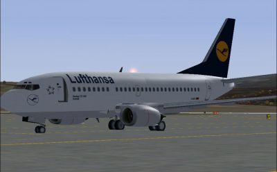 Screenshot of Lufthansa Boeing 737-500 on the ground.