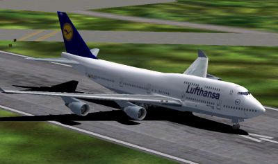 Screenshot of Lufthansa Boeing 747-400 on runway.