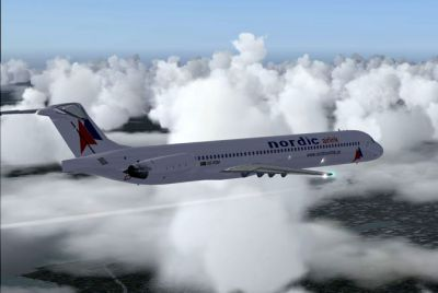 Screenshot of Nordic Airlink MD-83 flying through clouds.