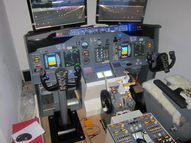 Building A Flight Sim Home Cockpit: 5 Examples You Can Learn From