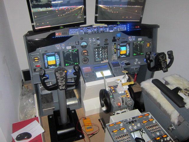 rassegna stampa   737ng home cockpit