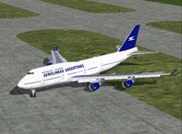 Screenshot of Aerolineas Argentinas Boeing 747-400 on the ground.