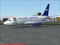 Screenshot of Aerolineas Austral Boeing 737-200 on the ground.