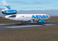 Screenshot of Avensa Douglas DC-10-30 on runway.