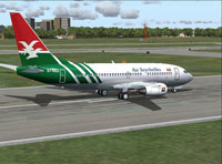 Screenshot of Boeing 737 on runway.