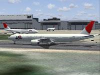 Screenshot of Japan Airlines Boeing 777-300 on runway.