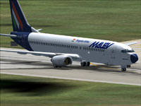 Screenshot of Malev Boeing 737-800 on runway.