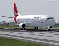 Screenshot of Qantas Boeing 737-476 on runway.