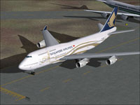 Screenshot of Singapore Airlines Boeing 747-400 on runway.