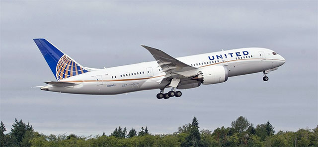 The first United 787