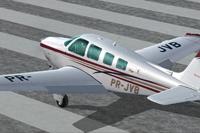 Screenshot of Beechcraft A36 Bonanza PR-JVB on runway.