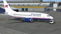Screenshot of Braathens Boeing 737-705 on runway.