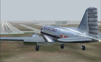 Screenshot of Delta Airlines Douglas DC-3 appraoching runway 36.