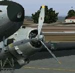 Screenshot of Douglas DC-3 with yellow propeller tips.