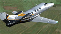 Screenshot of Embraer Phenom 100 PR-DHC in flight.