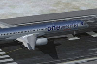 Screenshot of Boeing 757-300 in Oneworld livery.