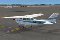 Screenshot of FlightSimulatorNetwork Cessna 172 on the ground.