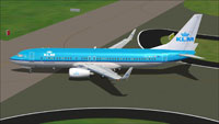 Screenshot of KLM Boeing 737-800 taxiing to runway.