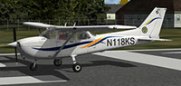 Screenshot of Kent State University Cessna C172R on runway.