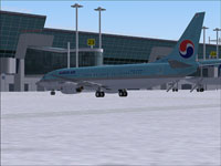 Screenshot of Korean Air Boeing 737-800 on the ground.