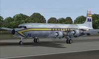 Screenshot of La Mancha Aire Douglas DC-7CF on runway.