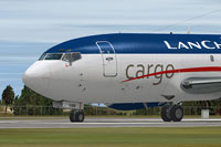 Screenshot of Lanchile Cargo Boeing 737-200F with corrected textures.