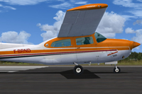 Screenshot of Melle Clementine Cessna C210T on runway.