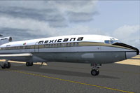 Screenshot of Mexicana de Aviacion Boeing 727-100 on runway.