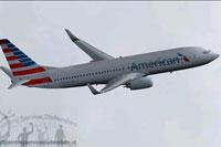 Screenshot of American Airlines Boeing 737-800 in flight.