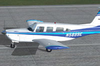 Screenshot of Piper PA-32RT-300 Lance II on runway.