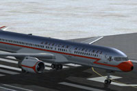 Screenshot of Boeing 757 on runway.