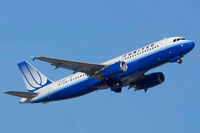 Photo of United Airlines Airbus A320 in flight.